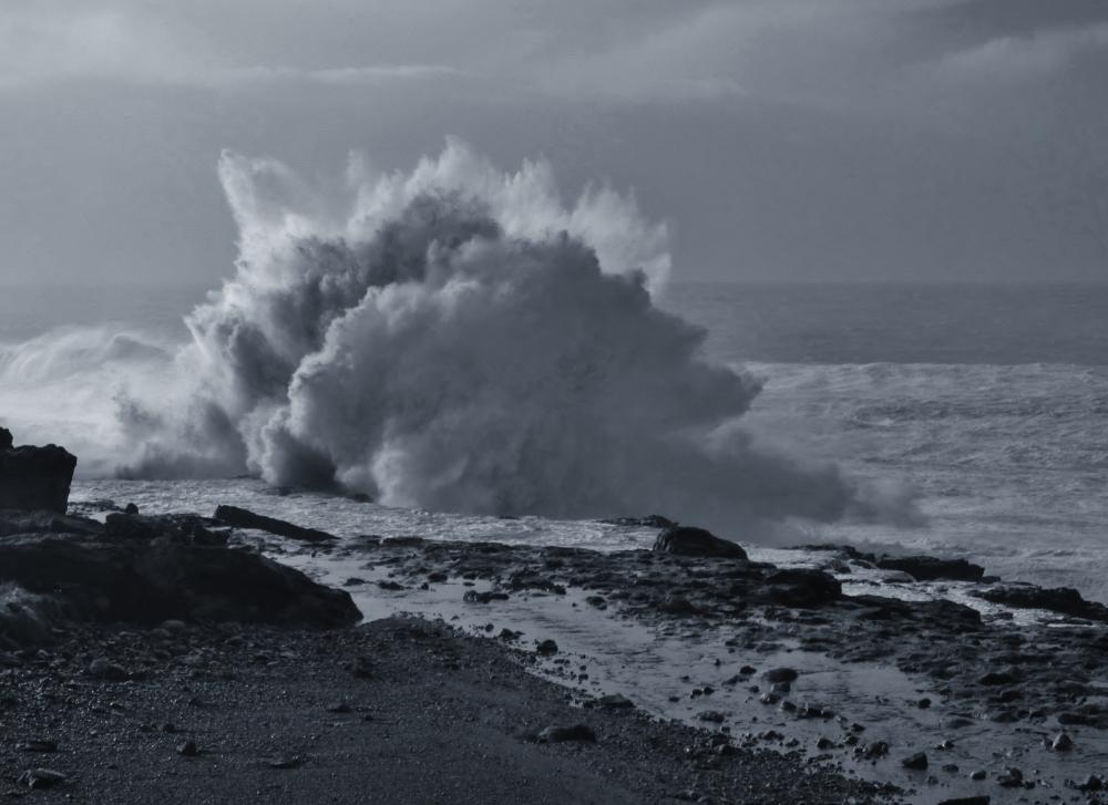 B&sea explosion